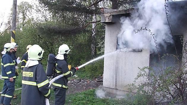 Požár drážního domku v Havířově