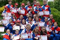 Členové bohumínských souborů Radost a Impuls získali spoustu medailí na nedávném mistrovství republiky.