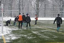 Příprava fotbalistů Karviné stále pokračuje.