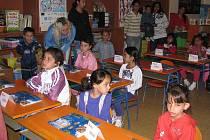 1. září začal školní rok. Do školy šly také děti na ZŠ Družby v Karviné-Novém Městě