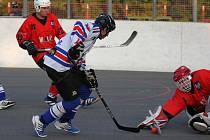 Hokejbalisté Karviné pokračují v pilném střádání bodíků. Na jaře se jistě budou hodit.