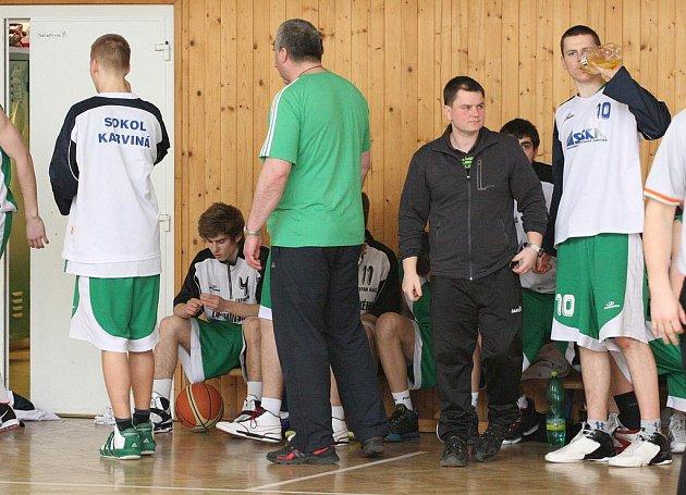 Karvinští junioři (v zeleném) zdolali doma Kyjov i Zlín a zahrají si play off!