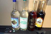 Celníci zadrželi další dodávku nezdaněného alkoholu