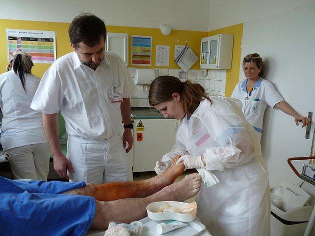 Maturitní zkoušky se konaly i v havířovské nemocnici