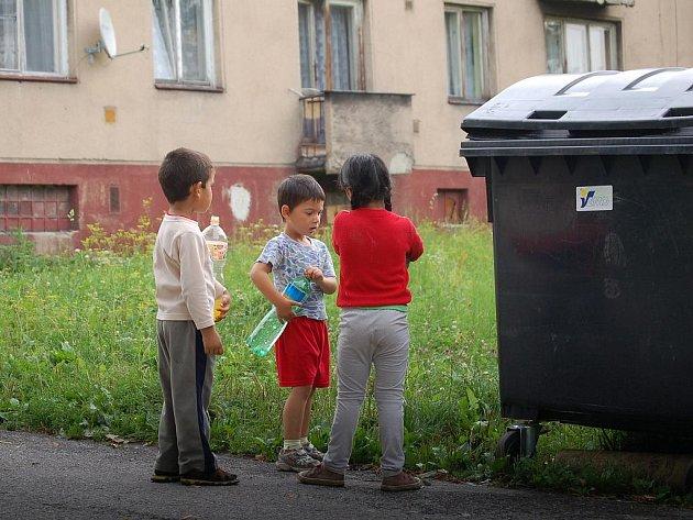 Romská čtvrť v Orlové-Porubě, která se mění v ghetto