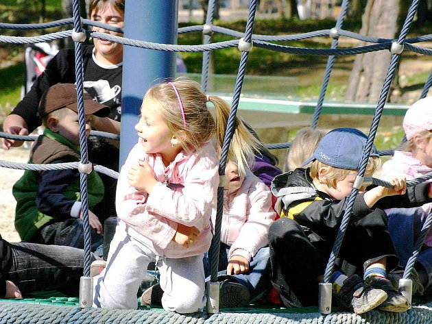 V bohumínském Rafinérském lesoparku mají děti mnoho nových atrakcí