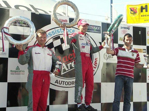 Petr Horský vyhrál závod v rámci H cupu a jako manažer svým svěřencům nejlépe předvedl, jak mají jezdit.