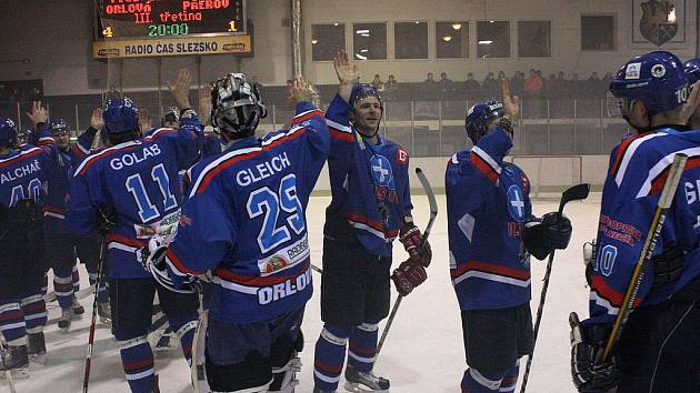 Orlovští hokejisté si v další sezoně druhou ligu v Orlové nezahrají.