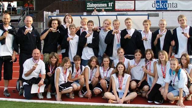 Moravskoslezské krajské výběry chlapců a dívek vyhrály olympiádu dětí a mládeže v Ústí nad Labem.