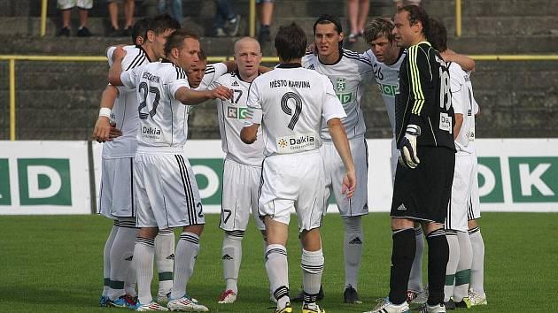 Jedenáctka Karviné se hecuje před derby.