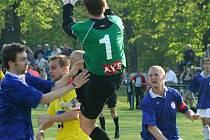 Bohumínští fotbalisté si přivezli tři body z Bruntálu.