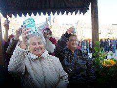 Věrtel soli, kolec soli… Lidé v Bohumíně přispěli svou účasti k novému rekordu.