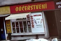 Prodejna, kde se prodávala jako občerstvení i marihuana