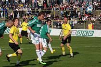 Karvinští fotbalisté (v zeleném) se rozešli smírně s rezervou ligové Sparty.