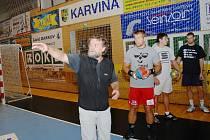 Rastislav Trtík na úvodním tréninku házenkářů Karviné.