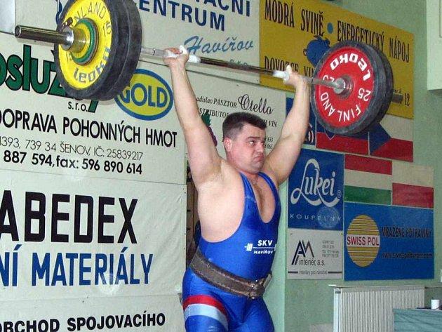 Závod seniorů si nenechal ujít ani současný manažer vzpěračů Baníku Havířov Dalibor Klimša.