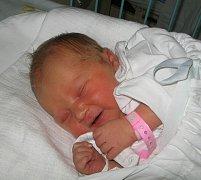 První miminko se narodilo 27. ledna paní Pavle Sebroňové z Dolní Lutyně. Malá Lenička po narození vážila 3360 g a měřila 51 cm.