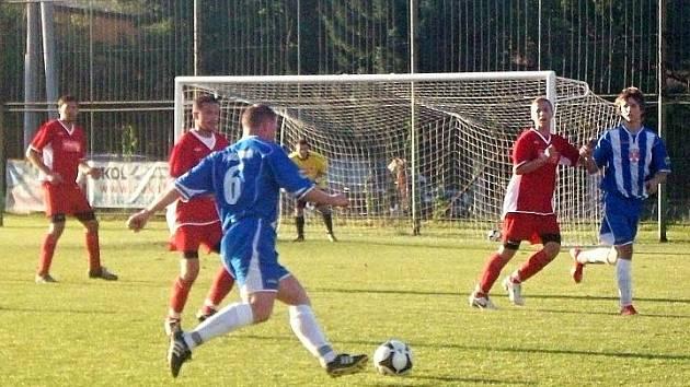 Ze zápasu Bohumín (modré dresy) - Rýmařov.