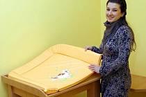 Na bohumínské radnici zřídili místnost pro kojící matky. Využívat ji mohou návštěvnice i zaměstnankyně úřadu.