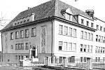 Česká škola v obci Dolní Bludovice kolem roku 1930.