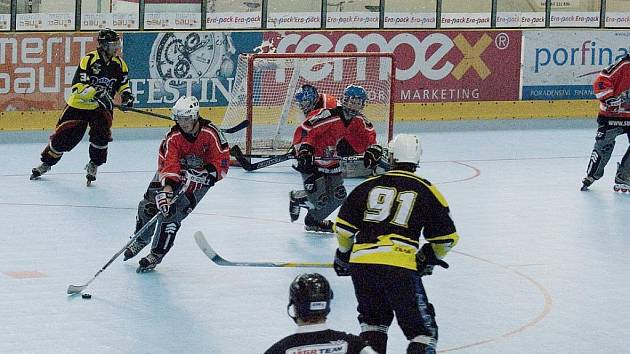 In line hokejisté Havířova pokračovali v soutěži. Zatím jsou druzí.