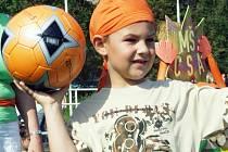 Tomáš Pěnička z Mateřské školy ČSA se snažil pomoci při Hrách bez hranic k vítězství.