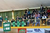 Fanoušci Baníku jistě nenechají svůj tým na holičkách ani ve finále proti Zubří.