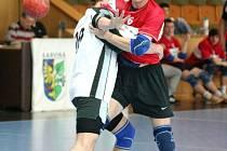Starší dorost (na snímku v červeném Jakub Dolák) obsadil letos druhé místo za Zubřím.