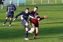 Fotbalové zápasy by se měly nést v duchu fair play. Žádné rozbíjení nosů...