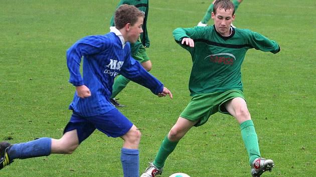 Mladí fotbalisté Karviné sbírají úspěchy nejen na fotbalovém trávníku, ale i v hale.