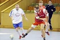 Karvinská futsalová liga je za svou polovinou.
