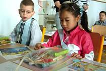 Děti azylantů musejí zvládat klasickou českou školní docházku