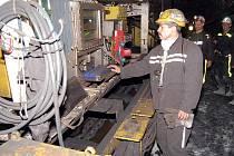 Dobývací komplex Bucyrus 1300/3100 si horníci velmi pochvalují. Zvládne prý práci v extrémních podmínkách.