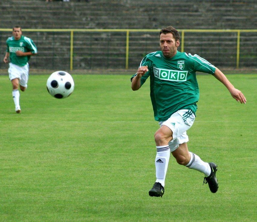 Michal Macek, bývalý hráč Mostu, připravil první gól zápasu Juskovi.