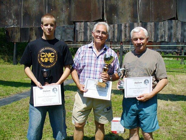 Na Memoriálu Miloše Slaniny byli nejlepší třetí Martin Lepka, vítěz Petr Hubáč a druhý Jan Walica (zleva).