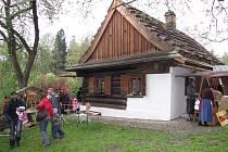 Zahájení sezony v Kotulově dřevěnce