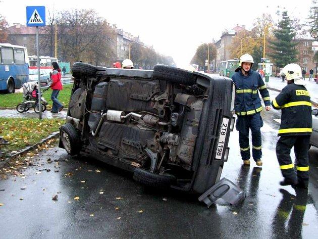 Poslední nehody si v Havířově vyžádaly naštěstí jen drobnější zranění a škody na vozidlech.