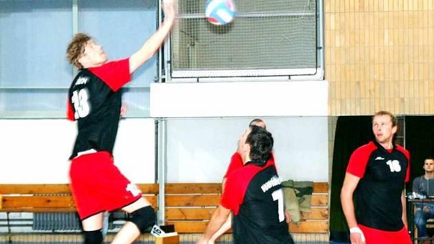 Volejbalisté Slavie Havířov pokračují v pravidelném sbírání bodů.