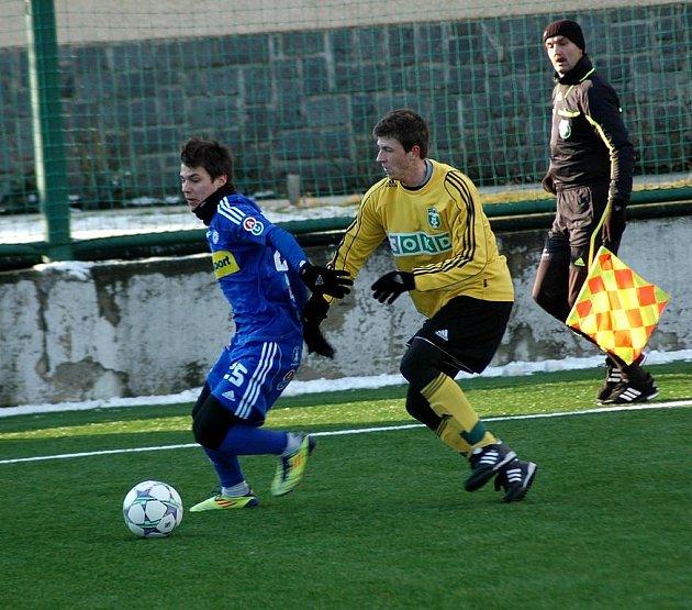 Přípravný zápas Olomouc - Karviná (ve žlutém) 3:0.