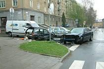 Nehoda tří vozidel