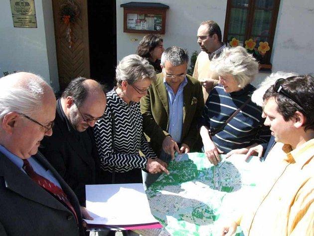 Část pracovního setkání, kterého se účastnili i zahraniční hosté, se konala na Zámku.