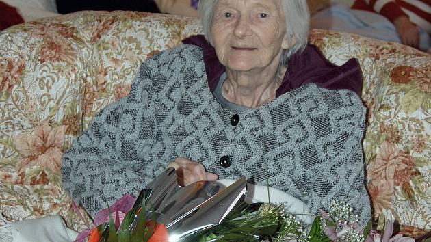 Slečna Hermína Moldrzyková v úterý oslavila své 102. narozeniny.
