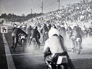 Historická fotografie ze závodů