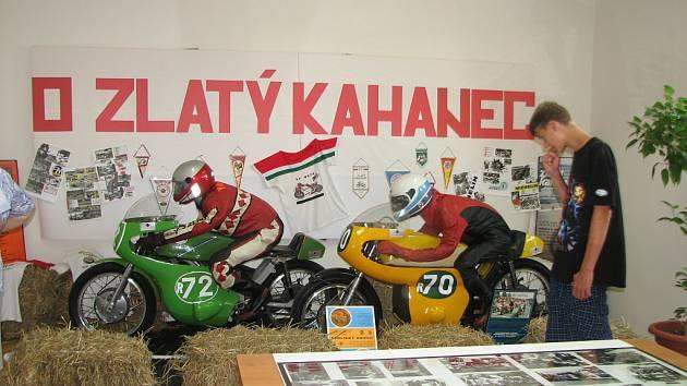 Historii závodů připomněla výstava