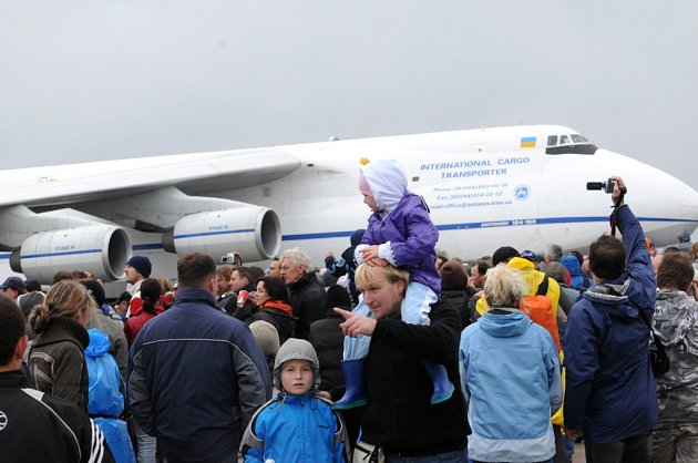 Dny NATO 2008 na letišti v Mošnově