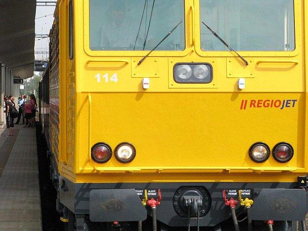 Lokomotiva soukromého dopravce RegioJet. Ilustrační snímek