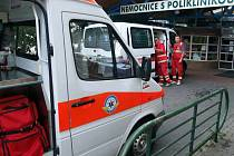 Ve městě jsou nyní v nepřetržité pohotovosti tři posádky záchranné služby.