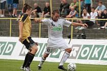 Vladan Milosavljev (vpravo) nemohl mít ze svého krásného gólu takovou radost, jako kdyby znamenal bodový zisk.