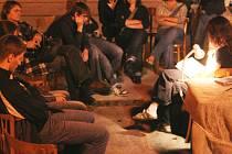 Čtení z tvorby Edgara Allana Poea probíhalo poslední den filmového festivalu hororu v letním kině v Bohumíně.