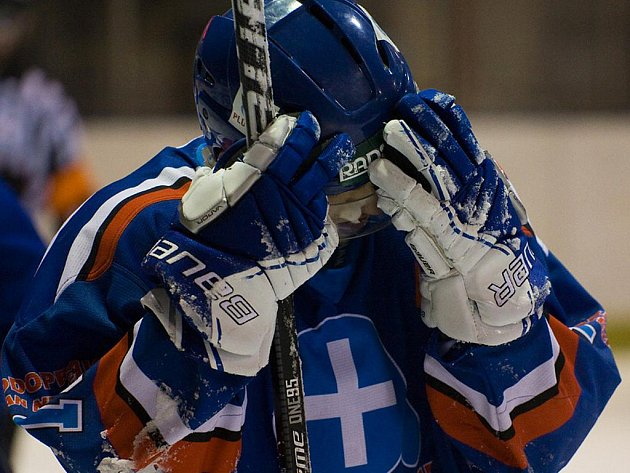 Orlovští hokejisté prohráli v Šumperku i třetí zápas finále a sezona pro ně skončila.